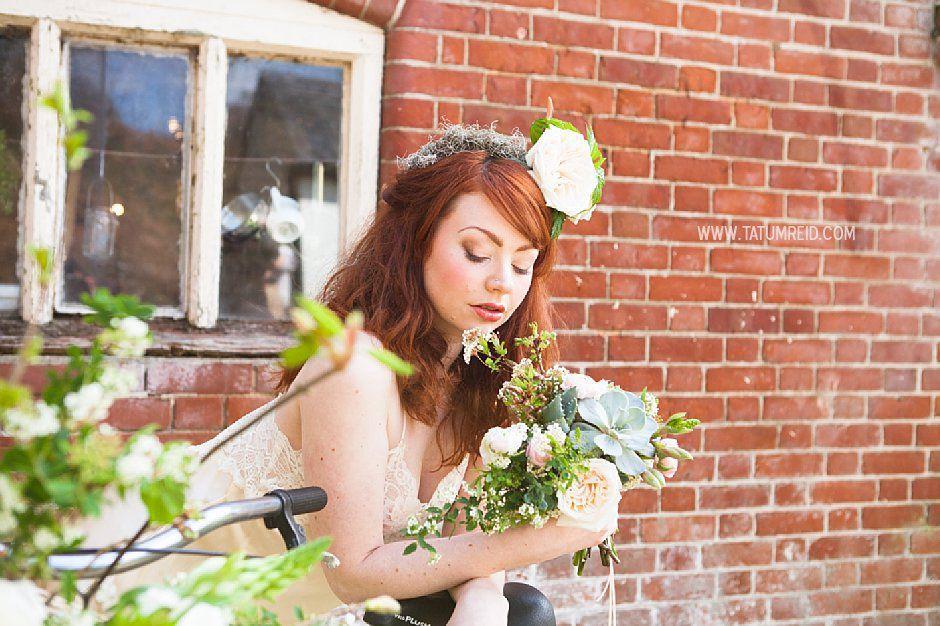 Bohemian bride, boho bride, floral headwear for brides, outdoor wedding, Norfolk, Norwich, Tatum Reid (15)