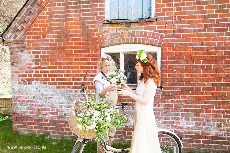 Bohemian bride, boho bride, floral headwear for brides, outdoor wedding, Norfolk, Norwich, Tatum Reid (13)