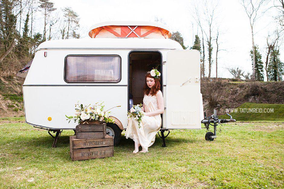 Bohemian bride, boho bride, floral headwear for brides, outdoor wedding, Norfolk, Norwich, Tatum Reid (11)