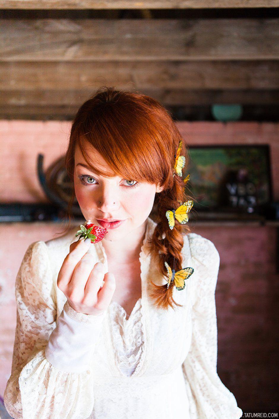 Bohemian bride, boho bride, floral headwear for brides, outdoor wedding, Norfolk, Norwich, Tatum Reid (6)