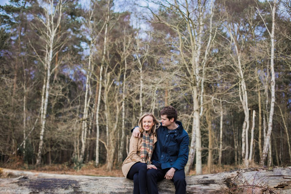 Norwich norfolk woodland engagement winter prewedding shoot with earth tones_beige mac and scarves_©tatum reid (17)