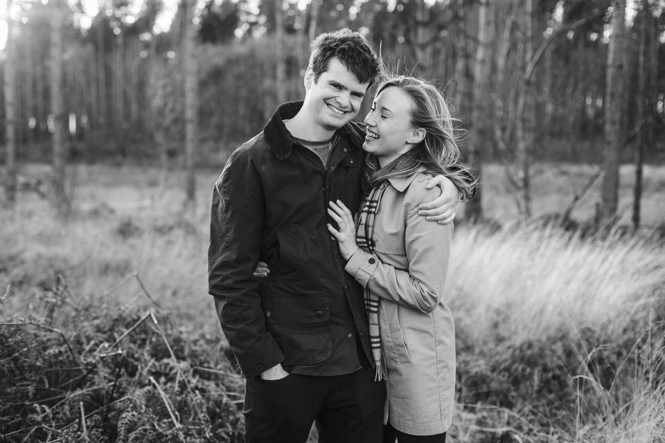 Norwich norfolk woodland engagement winter prewedding shoot with earth tones_beige mac and scarves_©tatum reid (10)