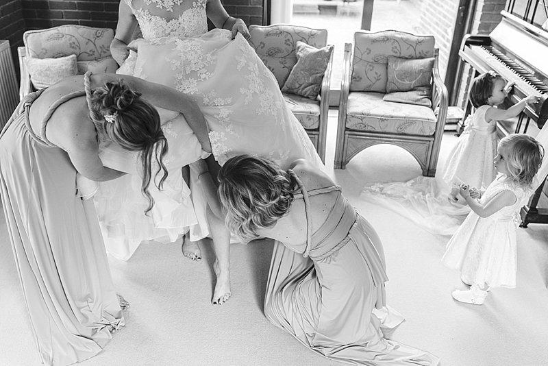 tatum_reid photography_stately home wedding_somerleyton hall_romantic yellow and grey theme (106) (44)